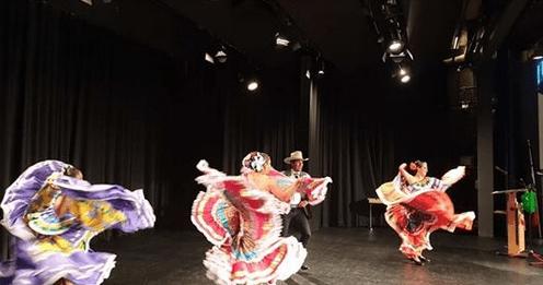 Adelitas bei Lateinamerikanische Woche